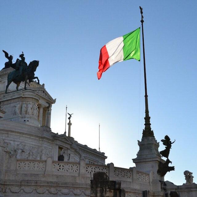 Il permesso di soggiorno elettronico - Insurance Italy